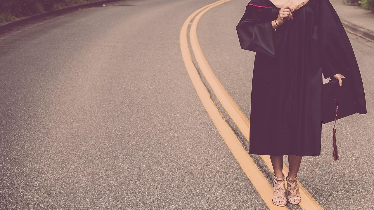 6 Cara Mendapat Beasiswa Mudah dan Tips Suksesnya!