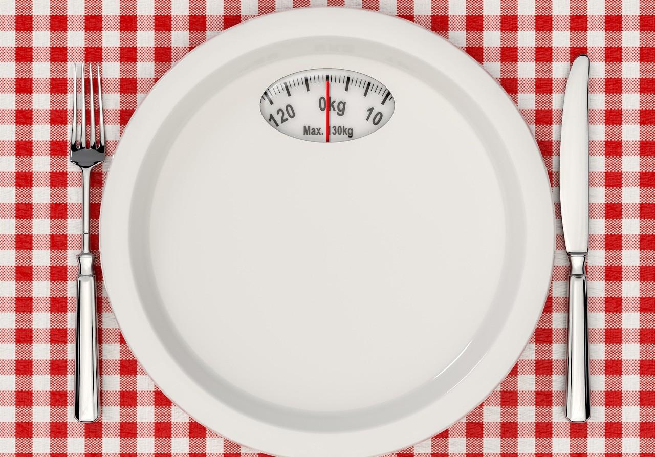 Ingin Turunkan Berat Badan? Berikut Beberapa Cara Diet Sehat!